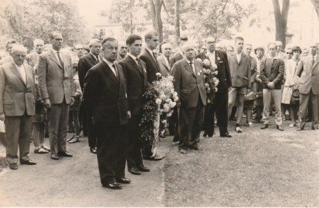 Kranzniederlegung 1964 in Springe