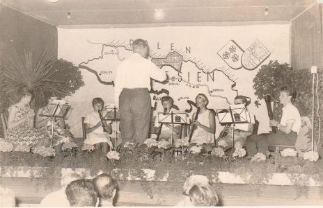 Musikalische Darbietung bei den Feierlichkeiten 1964 in Springe