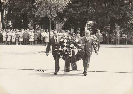 Kranzniederlegung 1970 in Springe