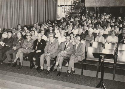 Zuschauer im Otto-Hahn-Gymnasium 1970 in Springe